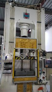6-Presse-hydraulique-LBM-120T-Soucy1