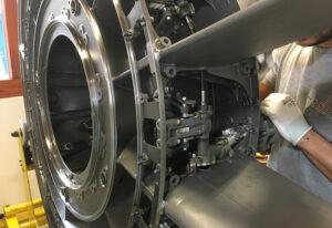 KEP-Metal-Solutions-montage-de-module-moteur-avion